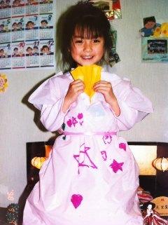 eb5b2f411 Mano Erina reveals a cute childhood picture | tokyohive.com