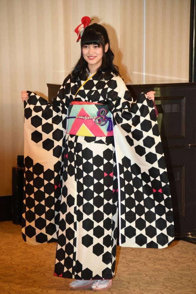 "SDN48/NMB48/SKE48/HKT48 >> Album ""Namba Ai ~Ima, Omoukoto~"" - Página 12 Ske48_1487114122_af_org"